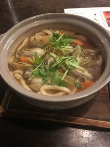牡蠣と旬野菜の味噌煮込みうどん